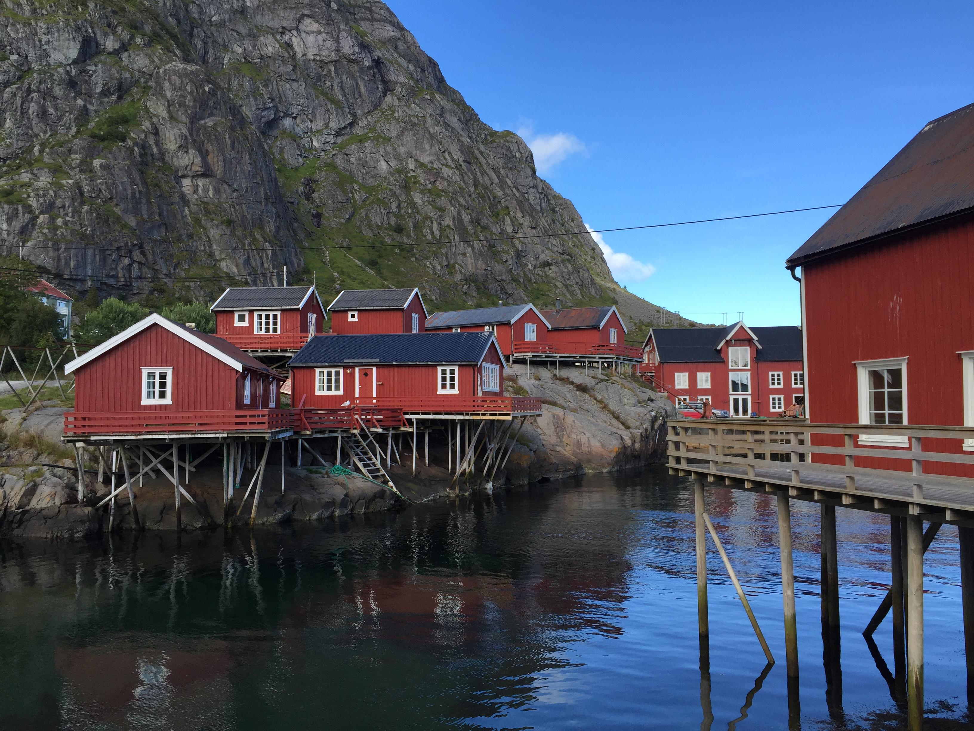 The lofoten islands norvegia part 1 interviste dal mondo for Piccoli progetti di palafitte